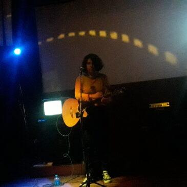 Riff on the rock / Leticia Lepez Jhonson